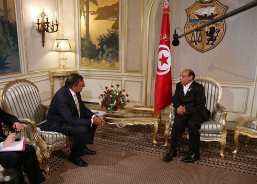 Secretary of Defense Leon Panetta (L) and Tunisian President Moncef Marzouki meet at the Presidential Palace in Tunis. Panetta on Monday said Washington was ready to help Tunisia develop its capacities to combat Al-Qaeda, and urged closer regional cooperation in fighting the terror network