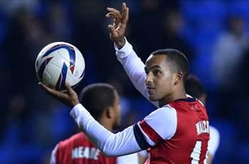 Arsenal ready for 'tough month', says Walcott