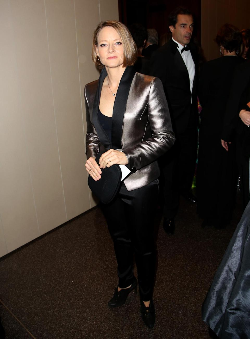 Actress Jodie Foster attends the Wallis Annenberg Center for the Performing Arts Inaugural Gala on Thursday, Oct. 17, 2013, in Beverly Hills, Calif. (Photo by Brian Dowling/Invision/AP)