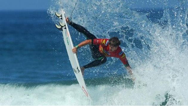 Muniz leads way into Ballito last 16