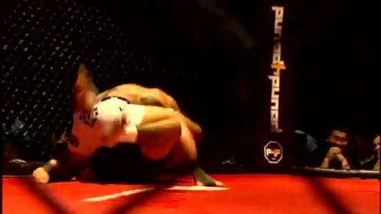 Chad Owens victorious in MMA debut