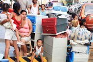 According to reports, the poverty index went down from 45.3 percent in 1991 to 26.5 percent in 2009, but the actual number of poor Filipinos increased from 28.1 million in 1991 to 30 million in 2010.