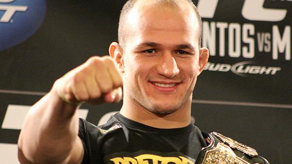 Junior dos Santos Latest Fighter to Sign with Nike