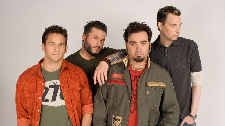 Four boy band legends: Jeff Timmons (98 Degrees); Bryan Abrams (Color Me Badd); Chris Kirkpatrick (N*SYNC) and Rich Cronin (LFO) will live together for one month, create new music, a dynamic stage show and perform as a new pop group in Mission: Man Band.