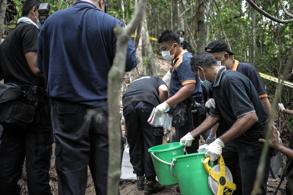 Malaysia govt missed clues on trafficking, villagers say