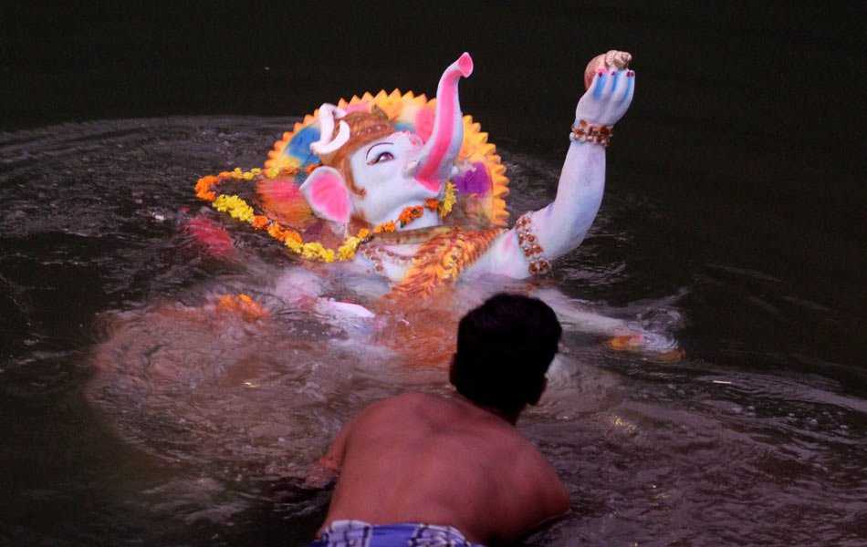 O Ganesha, avert this environmental catastrophe!