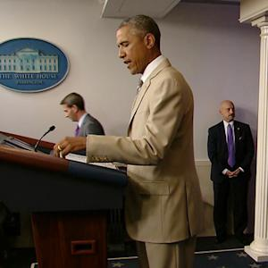 Obama's beige suit becomes talk of social media