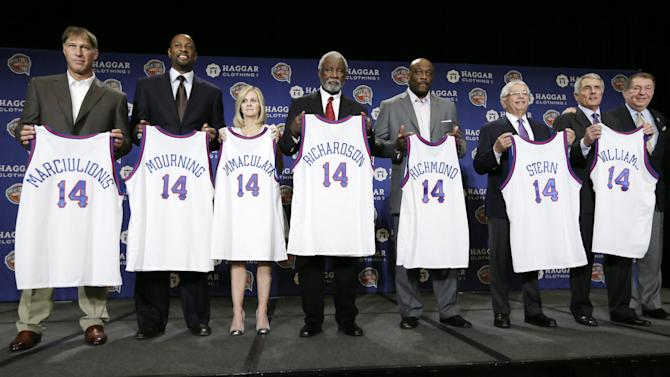 Mourning, Richardson, Williams make Hall of Fame