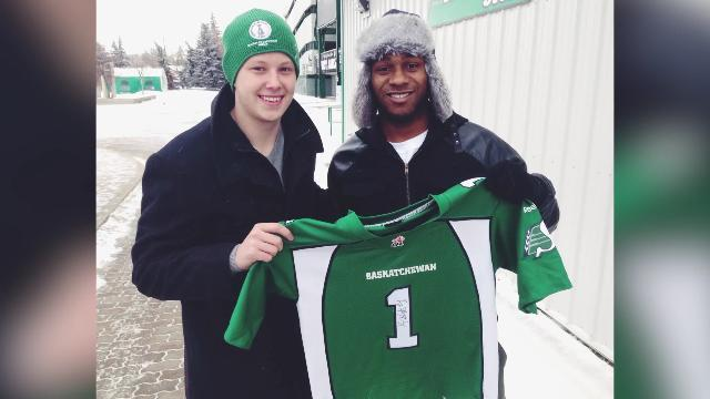 Fan Gives CFL's Kory Sheets a Ride Home From Airport