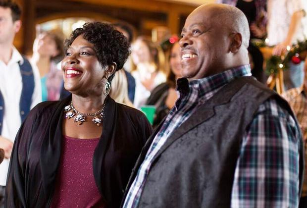 Family Matters Stars Reunite in New Lifetime Christmas Movie — See Photo