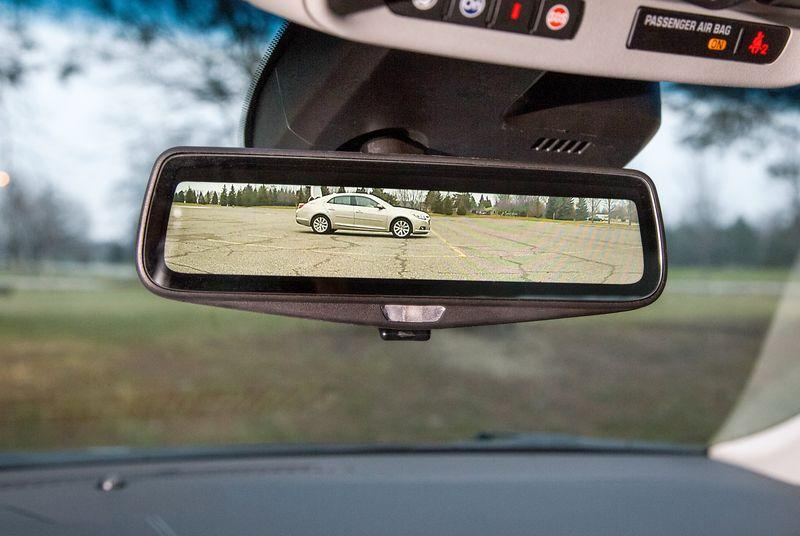Cadillac will let you replace your rearview mirror with a video feed in 2016