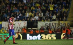 Atletico Madrid's Diego Costa leaves the pitch after his substitution during their Spanish First division soccer league match against Villarreal at El Madrigal stadium in Villarreal