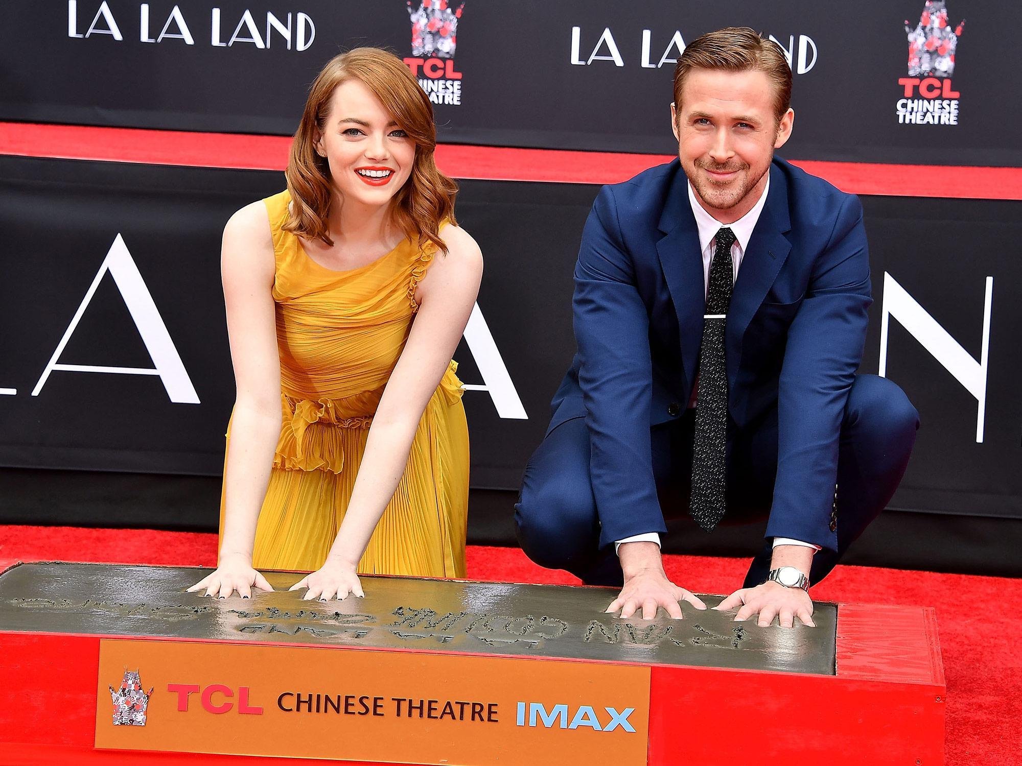 All of The Impossibly Adorable Photos of Ryan Gosling and Emma Stone at Their Hand and Footprint Ceremony