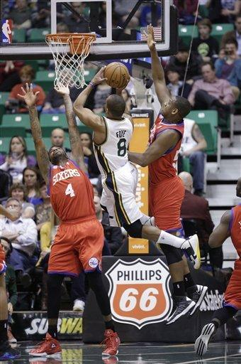 Foye, Hayward lift slumping Jazz over 76ers 107-91