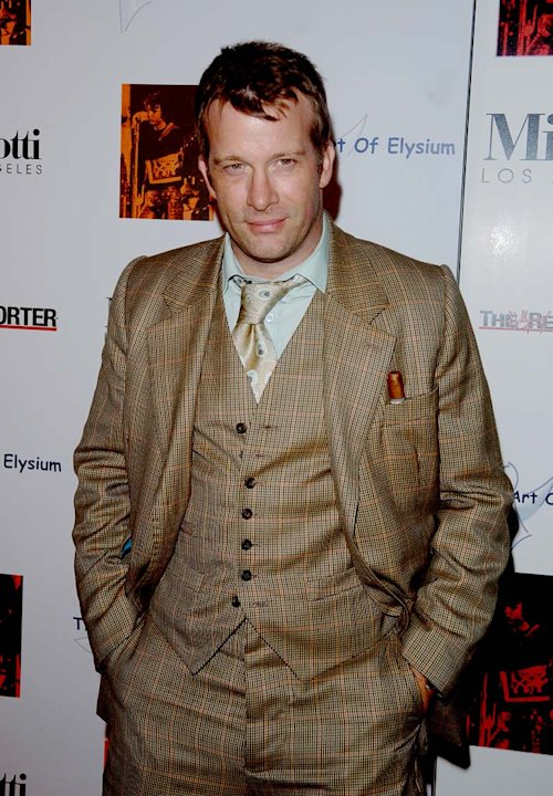 Thomas Jane poses at The Art of Elysium's annual art show benefit,  at the Minotti gallery December 2, 2006 in Beverly Hills, California.