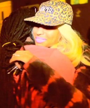 Nicki Minaj 30th Birthday on Nicki Minaj Suprises Lil Wayne On His 30th Birthday   Yahoo  Omg  Uk