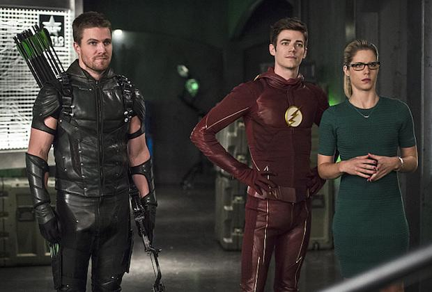 Arrow EP Greg Berlanti Teases 'Biggest Emotional Story We've Ever Done,' 'Real Challenges' for Oliver/Felicity