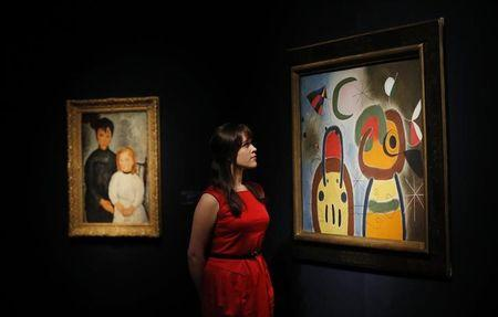 Miro at play with women, birds and stars in Istanbul show