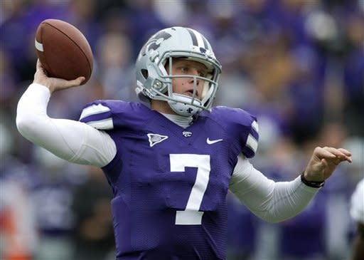 No. 7 Kansas State blows out Kansas, 56-16