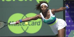 Serena Williams advances at Key Biscayne