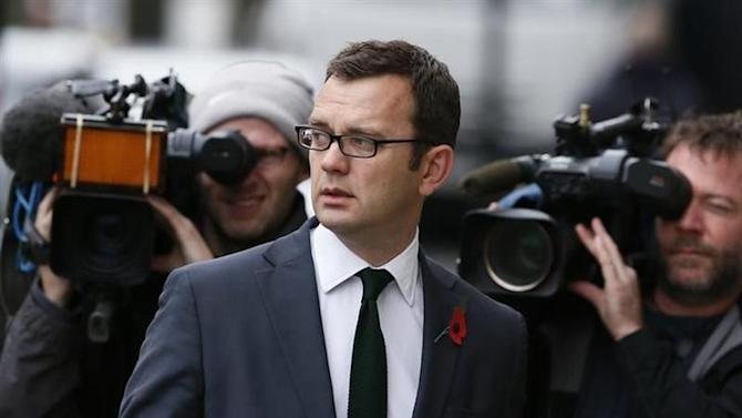 Former News of the World editor Andy Coulson arrives at the Old Bailey courthouse in London November 1, 2013. REUTERS/Stefan Wermuth