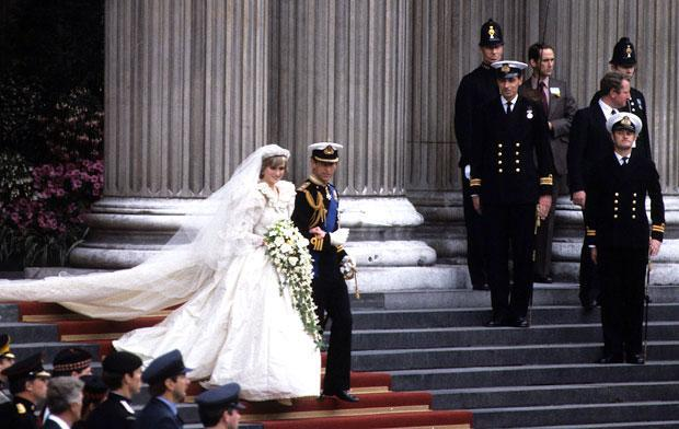 Princess-Diana-Wedding-05-100311.jpg-40-368