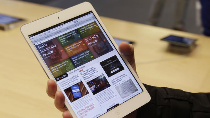 Review: iPad Mini charms, but screen is a letdown