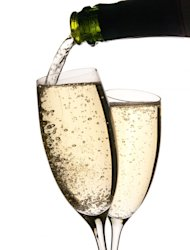 Champagne sales lose fizz in 2012