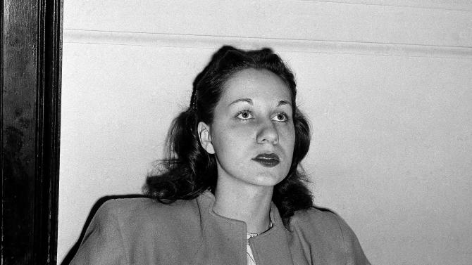 """FILE - In this June 16, 1949 file photo, Ruth Steinhagen, 19, is seen at felony court in Chicago where she appeared for her hearing on charges of assault with intent to murder in the shooting of Philadelphia Phillies ball player Eddie Waitkus at a Chicago hotel on June 14, 1949. Steinhagen died of natural causes at 83 in late December 2012. Her death is the final chapter in one of the most sensational and bizarre criminal cases in Chicago history that made headlines around the country. She was the inspiration for Bernard Malamud's novel """"The Natural"""" and the 1984 movie starring Robert Redford. (AP Photo/Charles Knoblock, File)"""