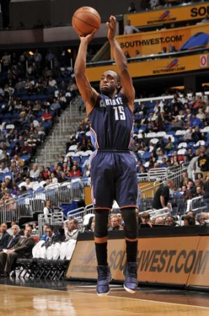 Bobcats beat Magic 106-100 to end 5-game skid