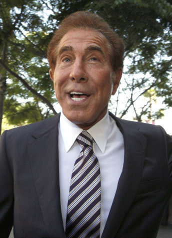 "Casino mogul Steve Wynn arrives at court for his slander trial Thursday Sept. 6, 2012 in Los Angeles. Wynn is contesting accusations made by ""Girls Gone Wild"" creator, Joe Francis. (AP Photo/Nick Ut)"