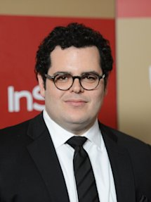 Photo of Josh Gad