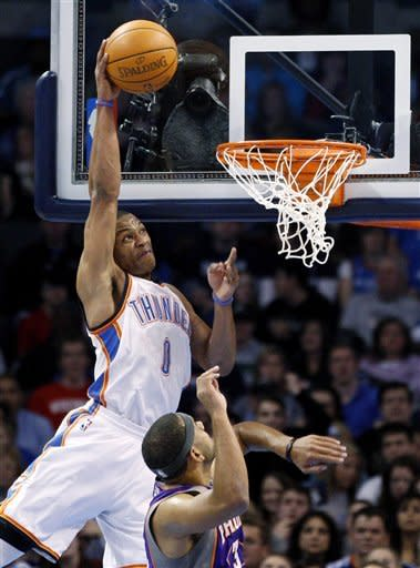 Westbrook, Thunder coast past Suns, 107-97