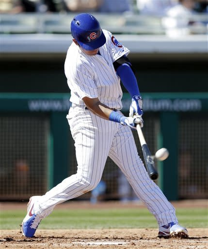 Jackson pitches 2 scoreless in debut with Cubs