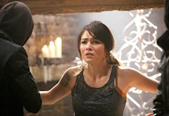 Daniella Pineda | Photo Credits: Annette Brown/The CW