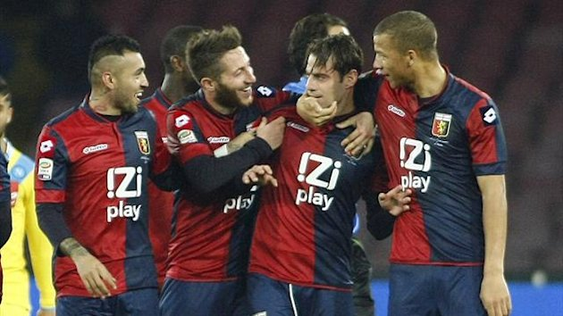 Genoa forward Emanuele Calaio (2nd R) celebrates with team-mates after scoring against Napoli (AFP)