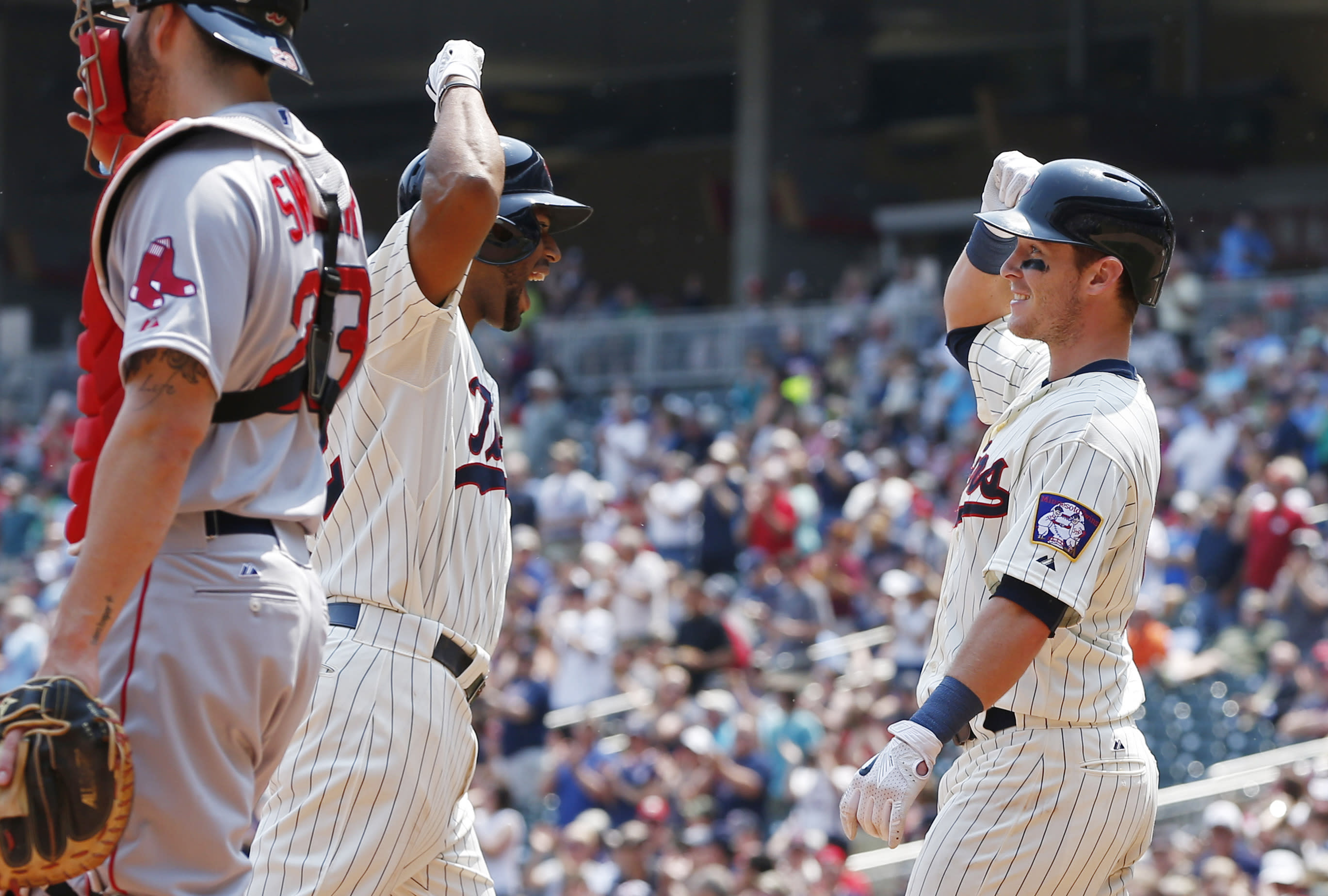Paul Molitor has surprising Twins in tie for first in tough AL Central