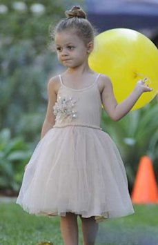 CUTENESS ALERT! Nicole Richie And Daughter Harlow Wear Matching Ballet Buns