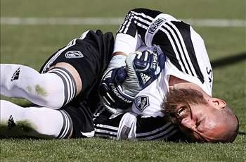 Rapids goalkeeper Matt Pickens out 3-4 months with broken arm