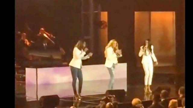 Destiny's Child reunites for performance