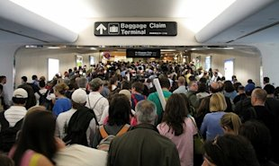 Thanksgiving crowded airports