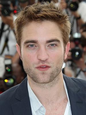 'Daily Show' Nabs Robert Pattinson's First Interview Post-Kristen Stewart Cheating Fiasco