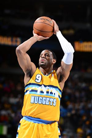 Nuggets secure 3rd seed with 118-98 win over Suns