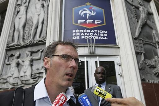 France - French postpone decision …