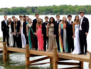 jt irregulars a bad place to take a prom picture