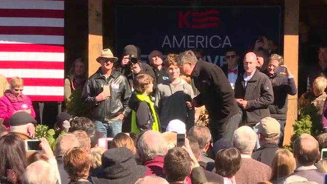 """Kasich shows South Carolina how to """"beat drugs"""""""
