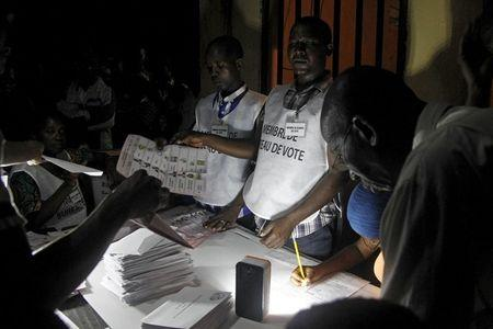 Guinea vote count starts after peaceful presidential election