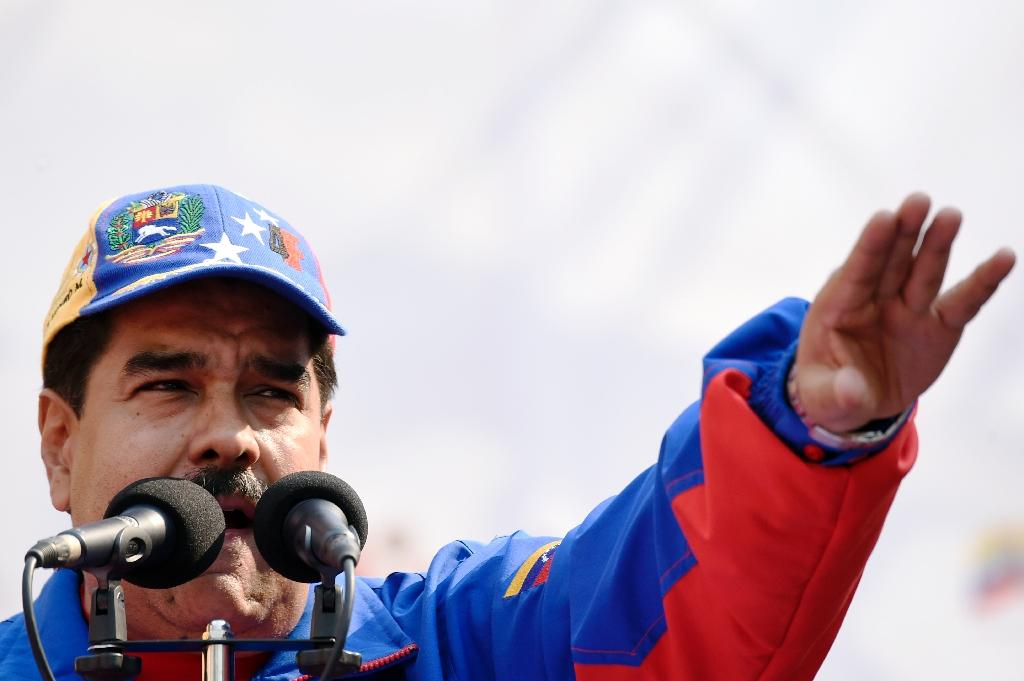 Venezuela to nationalize food distribution