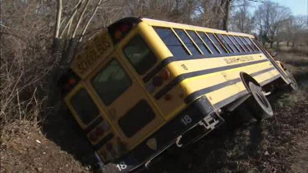 Child hospitalized after Hamilton Twp. bus crash