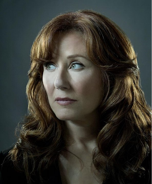 Mary McDonnell stars as Laura Roslin in Battlestar Galactica on the SciFi Channel.